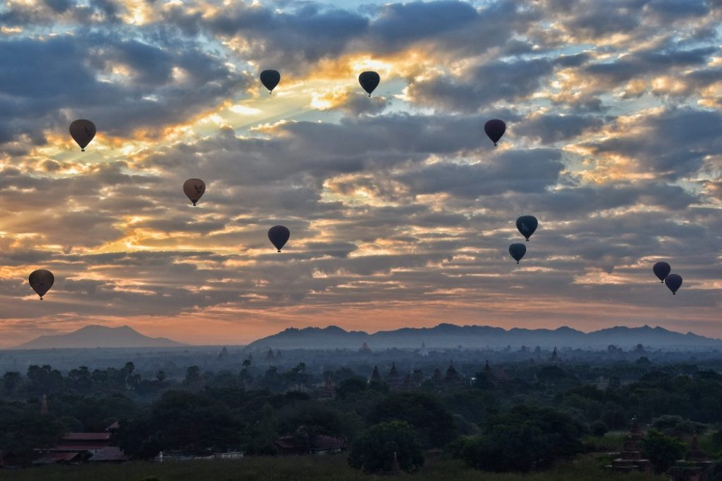 myanmar backpacking
