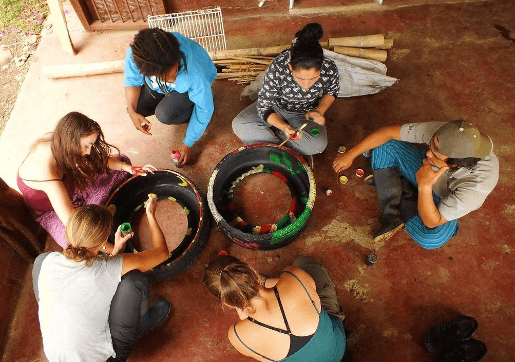 volunteer in colombia