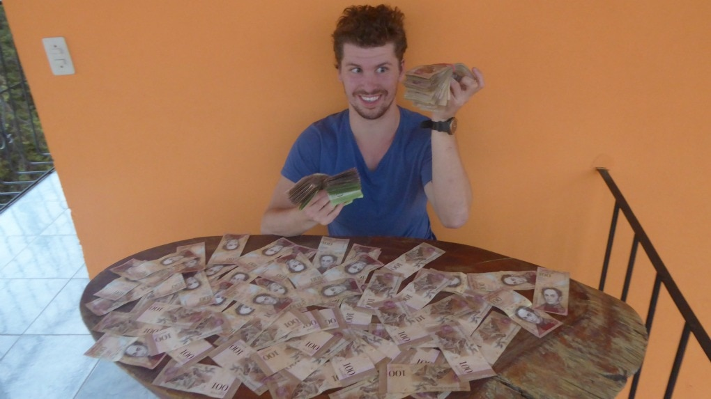 change money in Venezuela