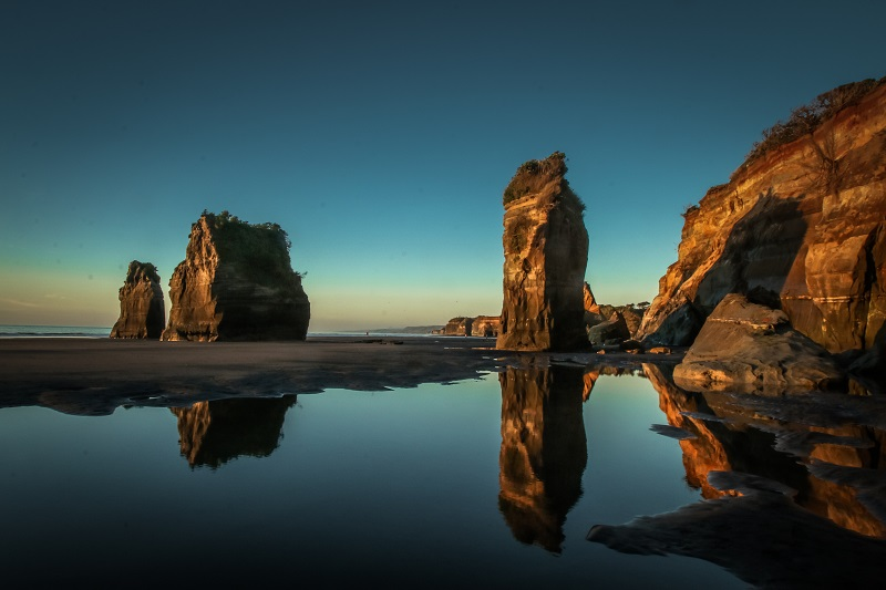 Backpacking New Zealand on a Budget, Top Places to See in New Zealand, Mount Taranaki, Three Sisters and Elephant Rock, North Island