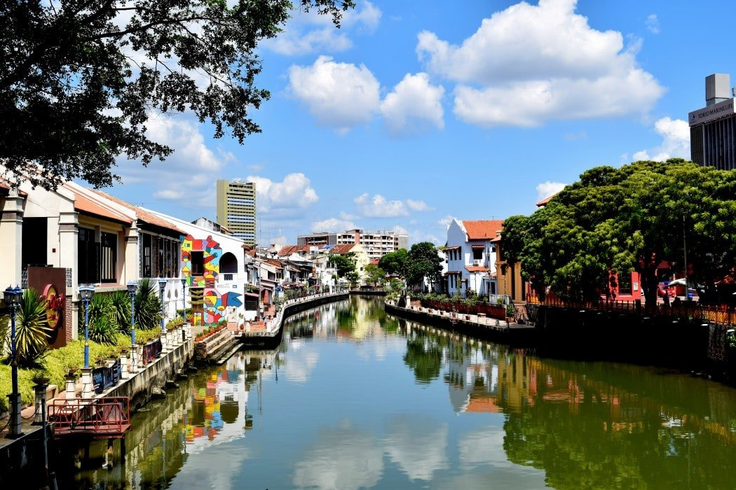 Backpacking Malaysia budget travel guide