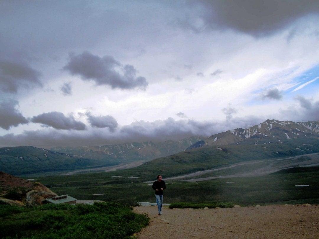 Alaska road trip-hike