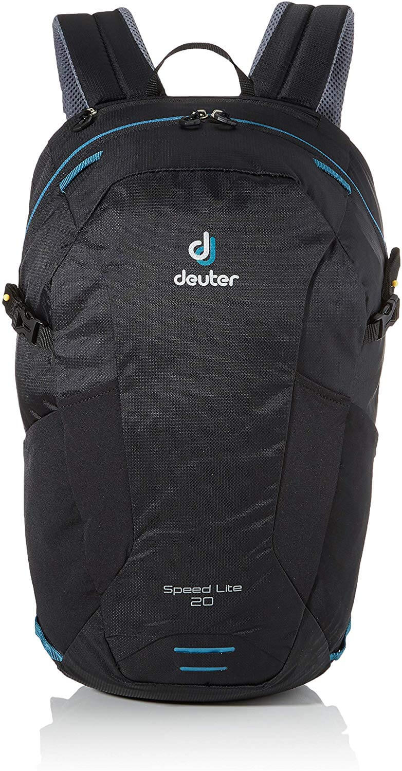 deuter lite daypack for travel