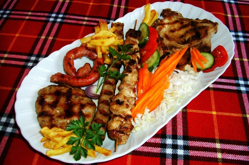 bulgarian food mixed grill