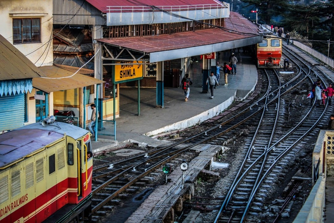 cheap trains to do India under 5 dollars a day