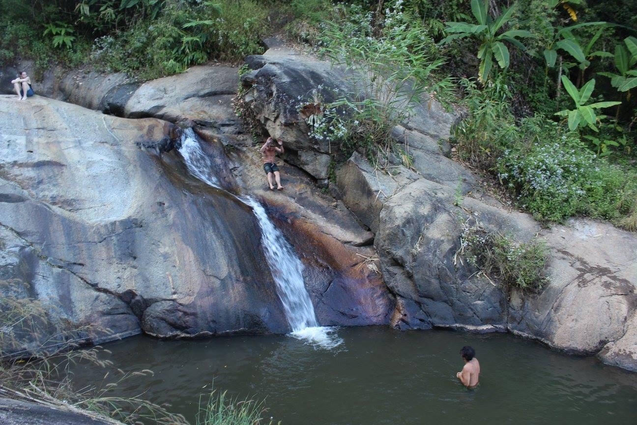 things to do in pai waterfall mo paeng