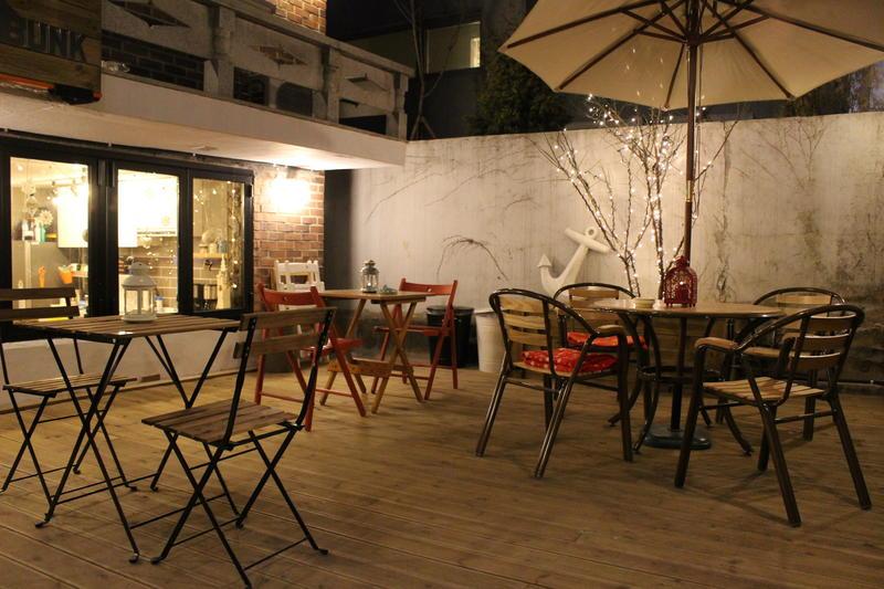 Bunk Guest House best hostels in Seoul_1