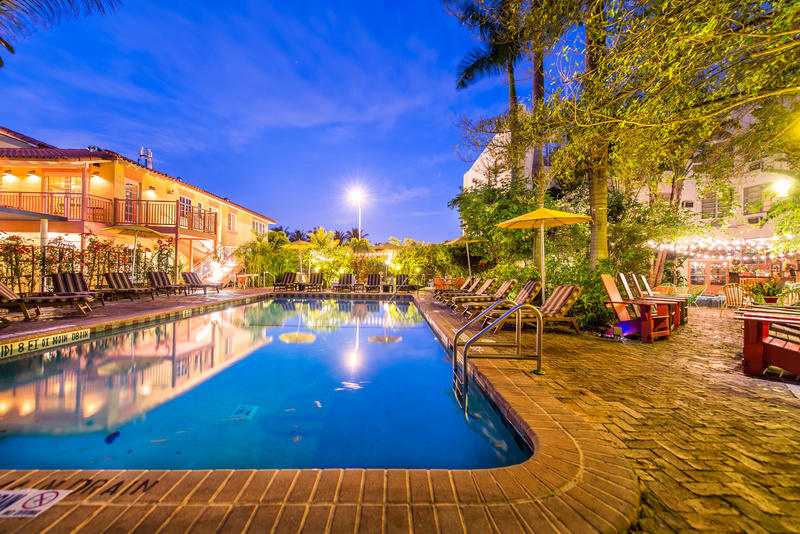 Freehand Best Hostel for Couples in Miami