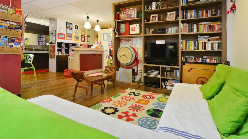 River City Inn best hostels in Singapore