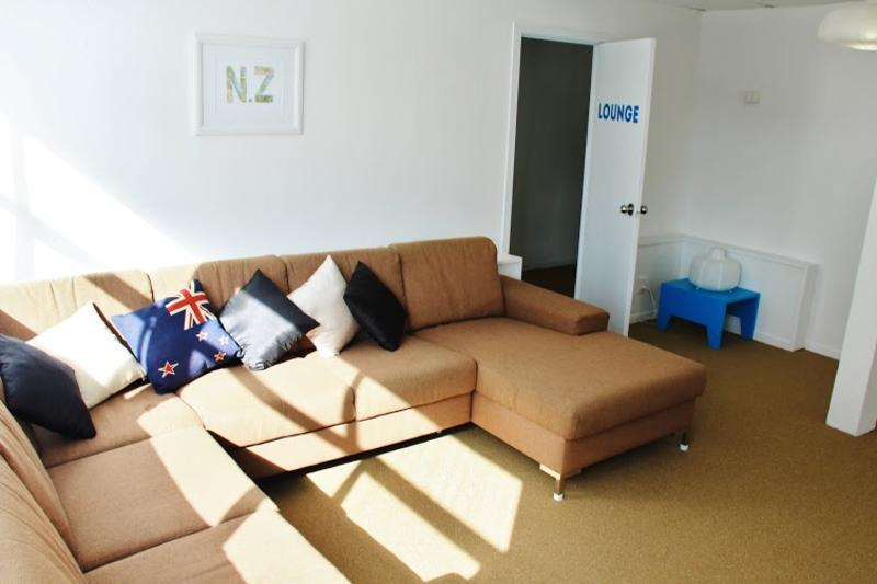 The Attic Backpackers best hostels in Auckland