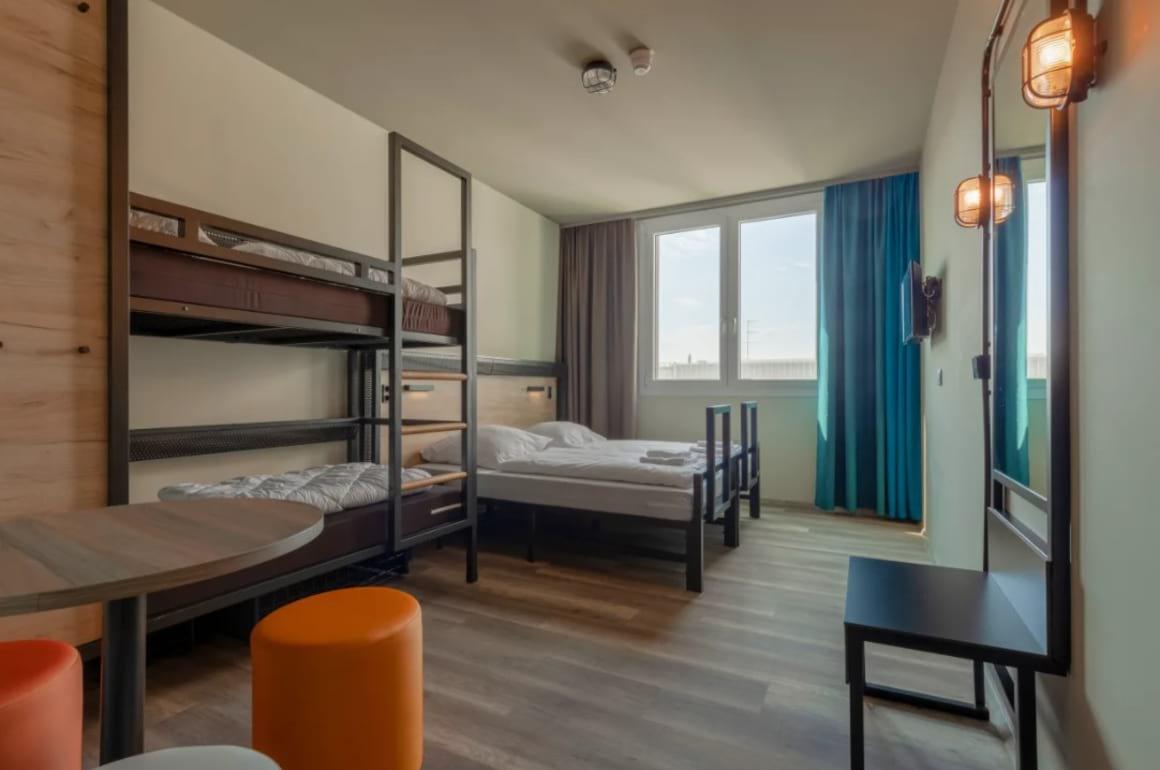 ao Hostel Venezia Mestre 2