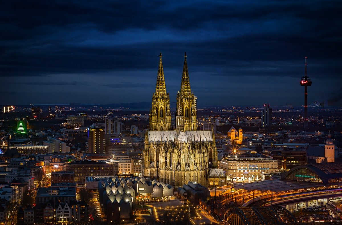 visiting cologne's cathedral