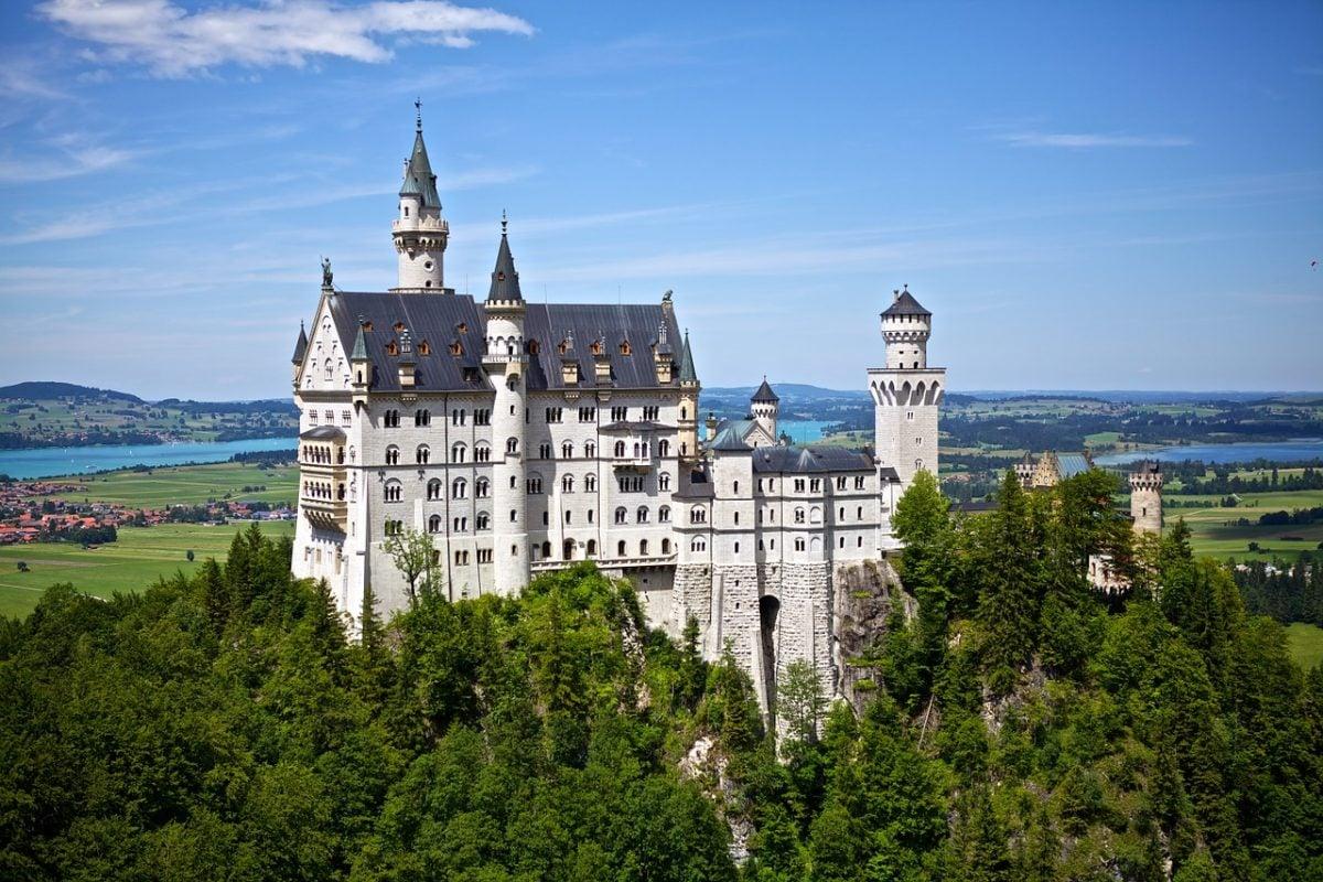 Backpacking Füssen and the Neuschwanstein Castle