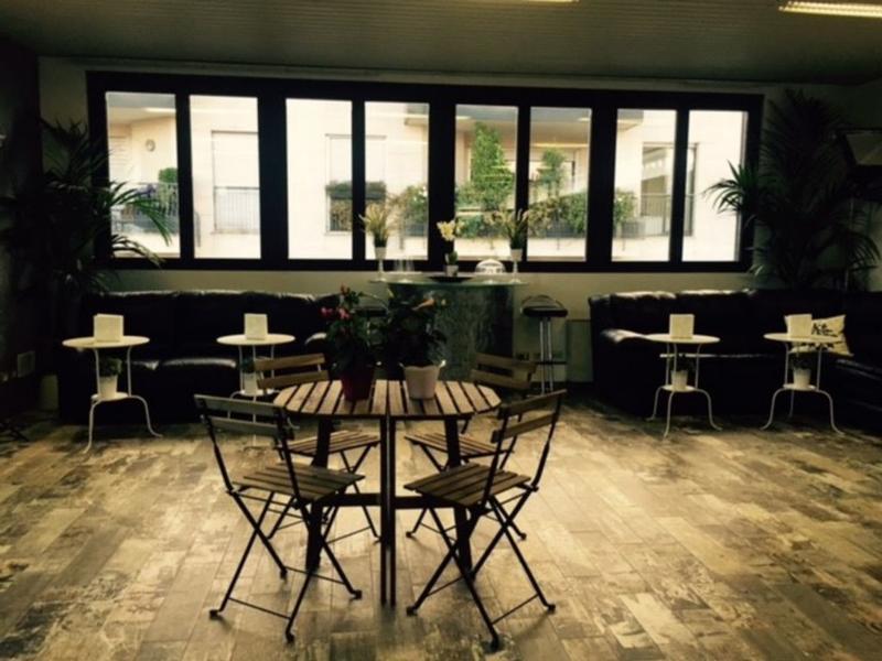 Atmos Luxe Navigli best hostels in Milan