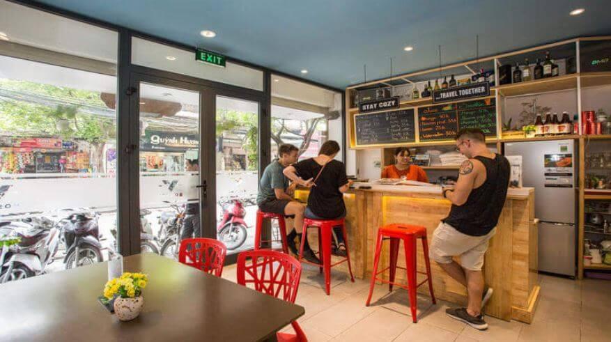 best cheap hostel in Hanoi