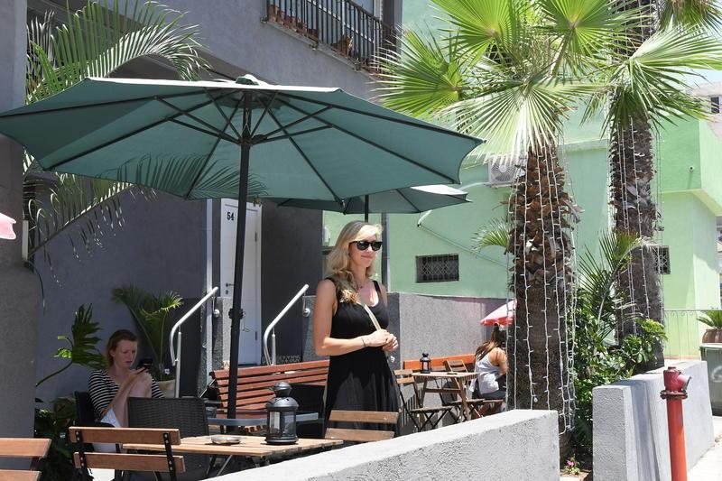 Crown Sea Best Hostels in Tel Aviv