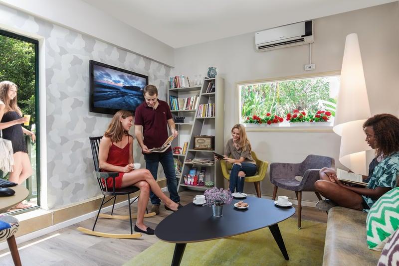 Gordon Inn Suits Best Hostel for Digital Nomads in Tel Aviv