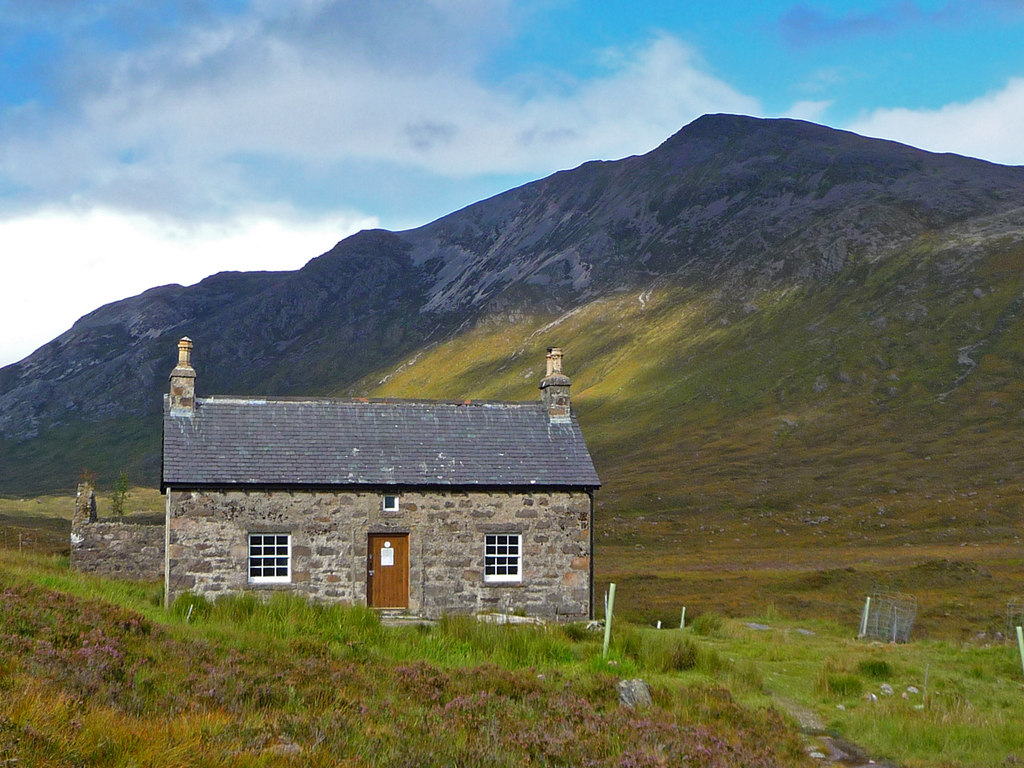 backpacking scotland bothy