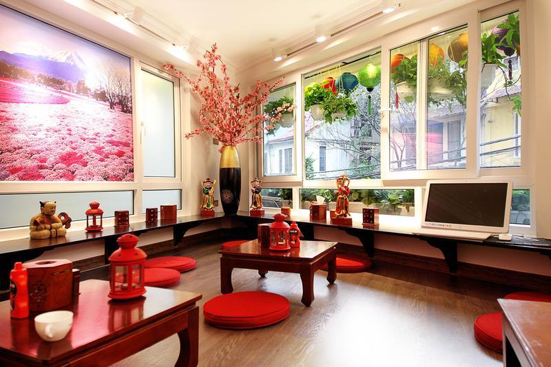 Tomodachi House best hostels in Hanoi