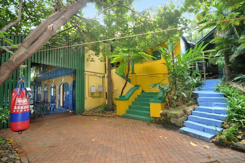Yellow Submarine Backpackers Best Hostels in Brisbane