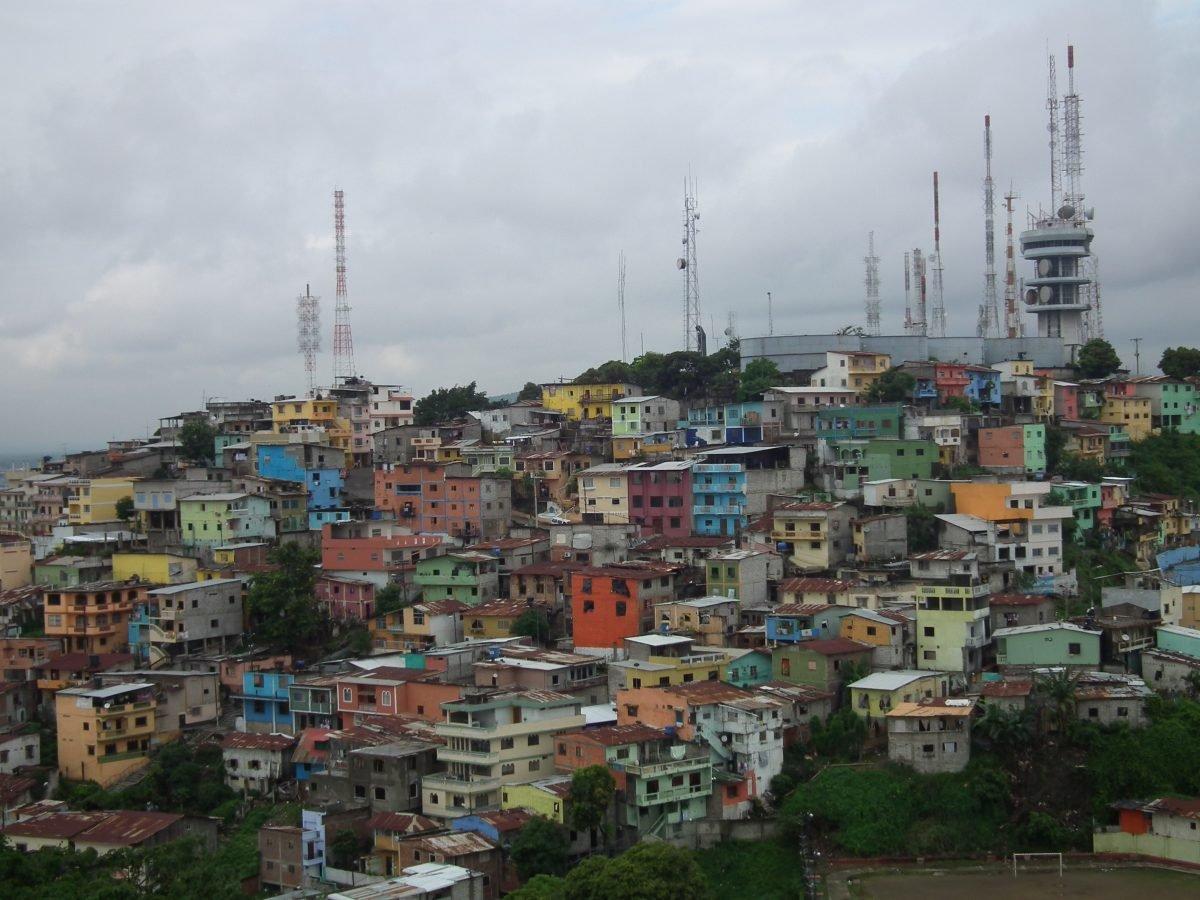 backpacking ecuador cities