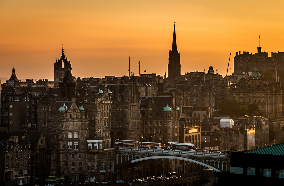 edinburgh sunset city landscape