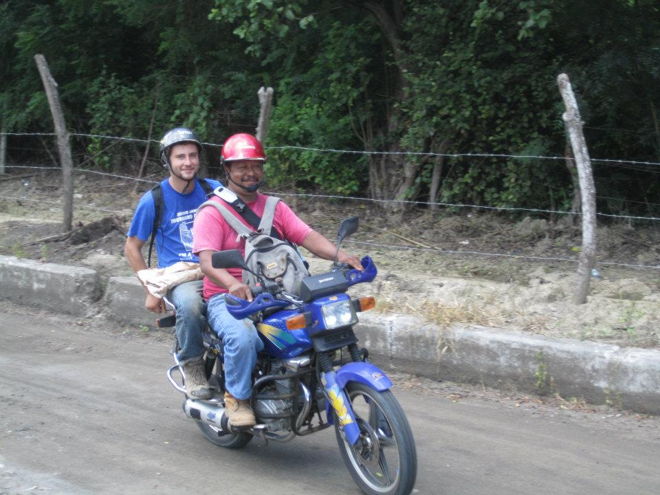 hitchhiking in Ecuador