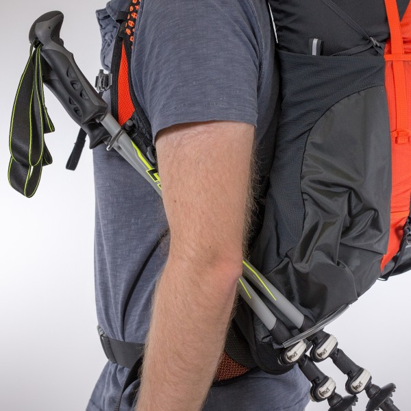 Osprey Exos stow and go trekking pole