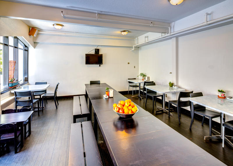 HI Vancouver Downtown best hostels in Vancouver