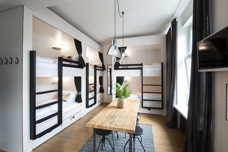 20 best hostels in hamburg for 2018 epic germany travel guide. Black Bedroom Furniture Sets. Home Design Ideas