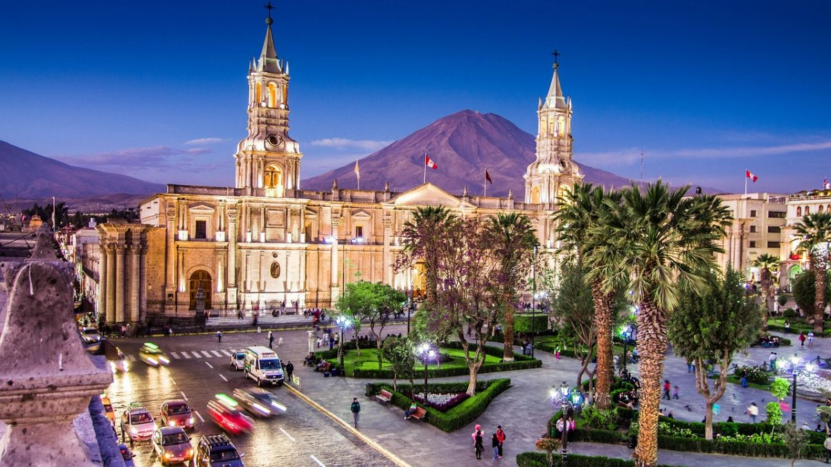 The town square and cathedral in Arequipa