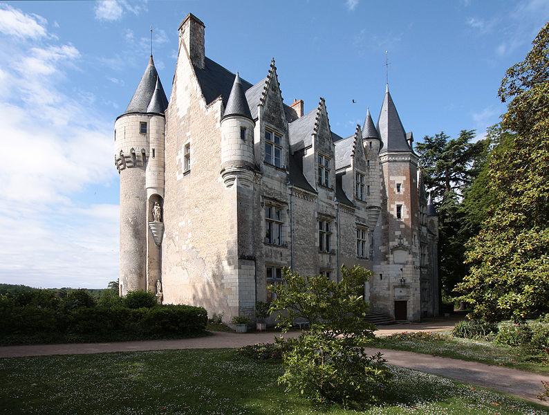explore the loire valley