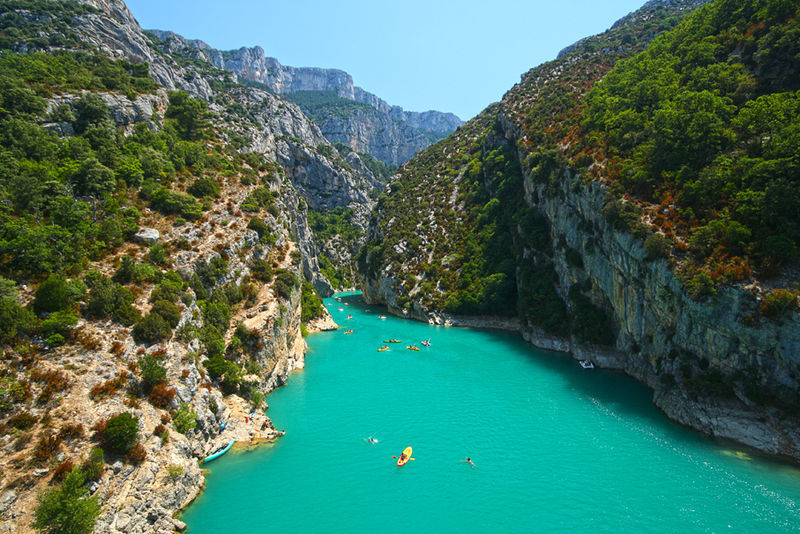 hiking in the verdon gorge