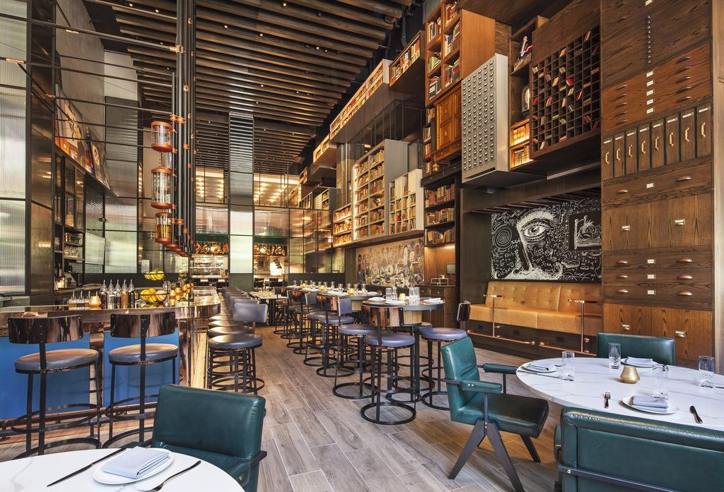 Hotel EMC2, Autograph Collection best hostels in Chicago