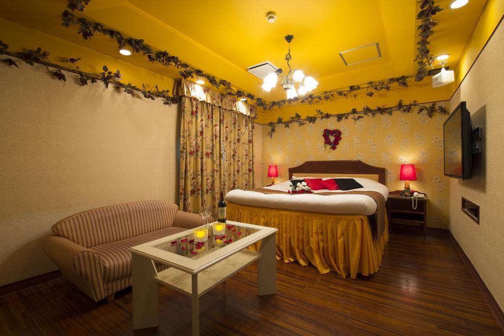 Hotel Gallery best hostels in Kobe