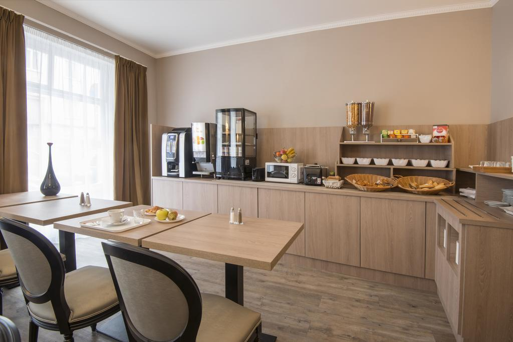 Hotel Paganini best hostels in Nice