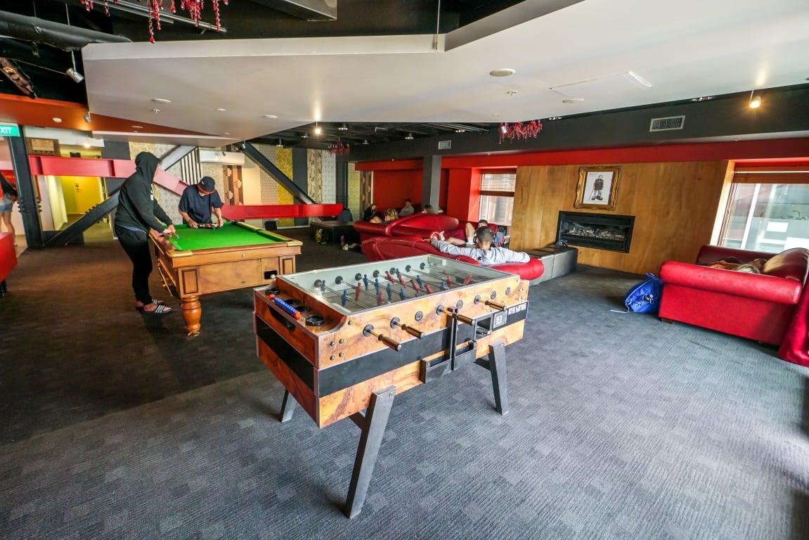 best hostels in queenstown