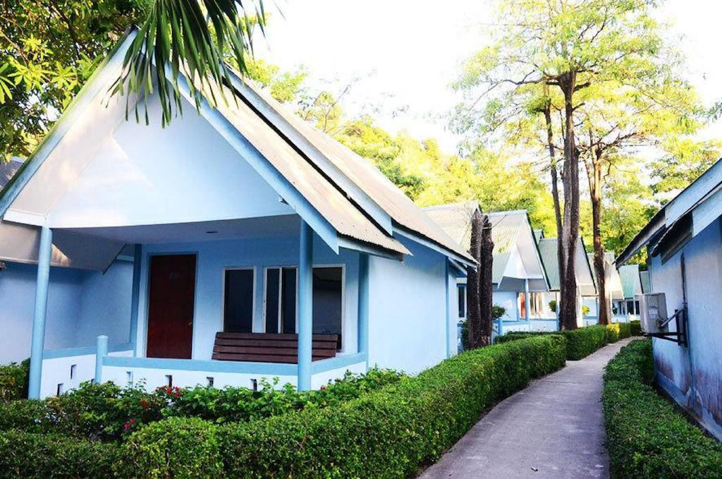 Phi Phi Don Chukit Resort best hostels in Koh Phi Phi