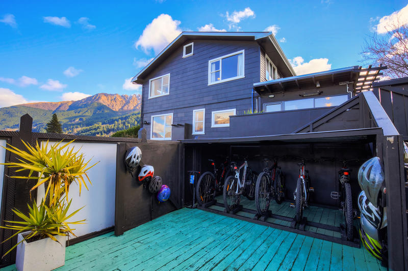 The Black Sheep Backpackers best hostels in Queenstown