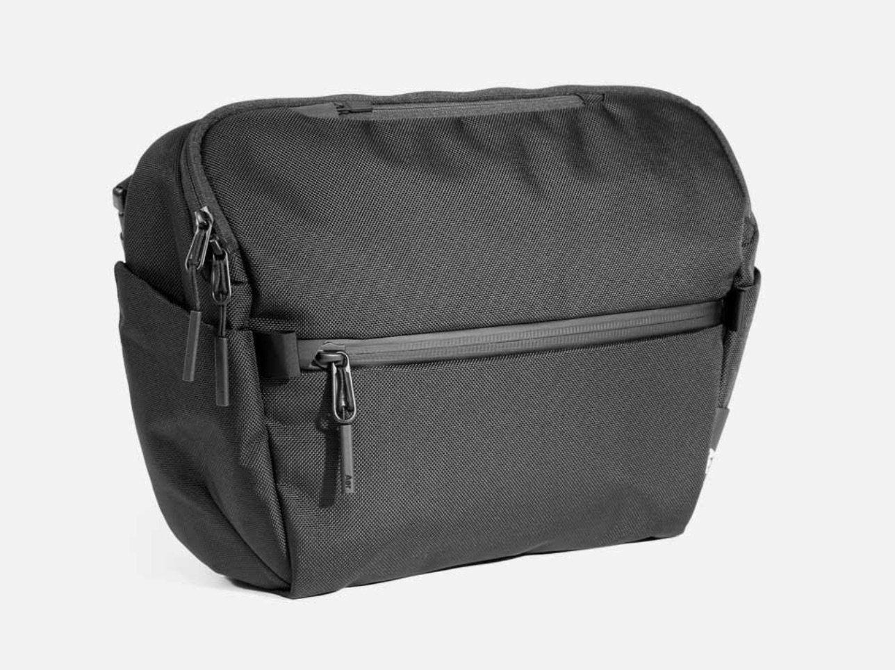 aer city messenger bag