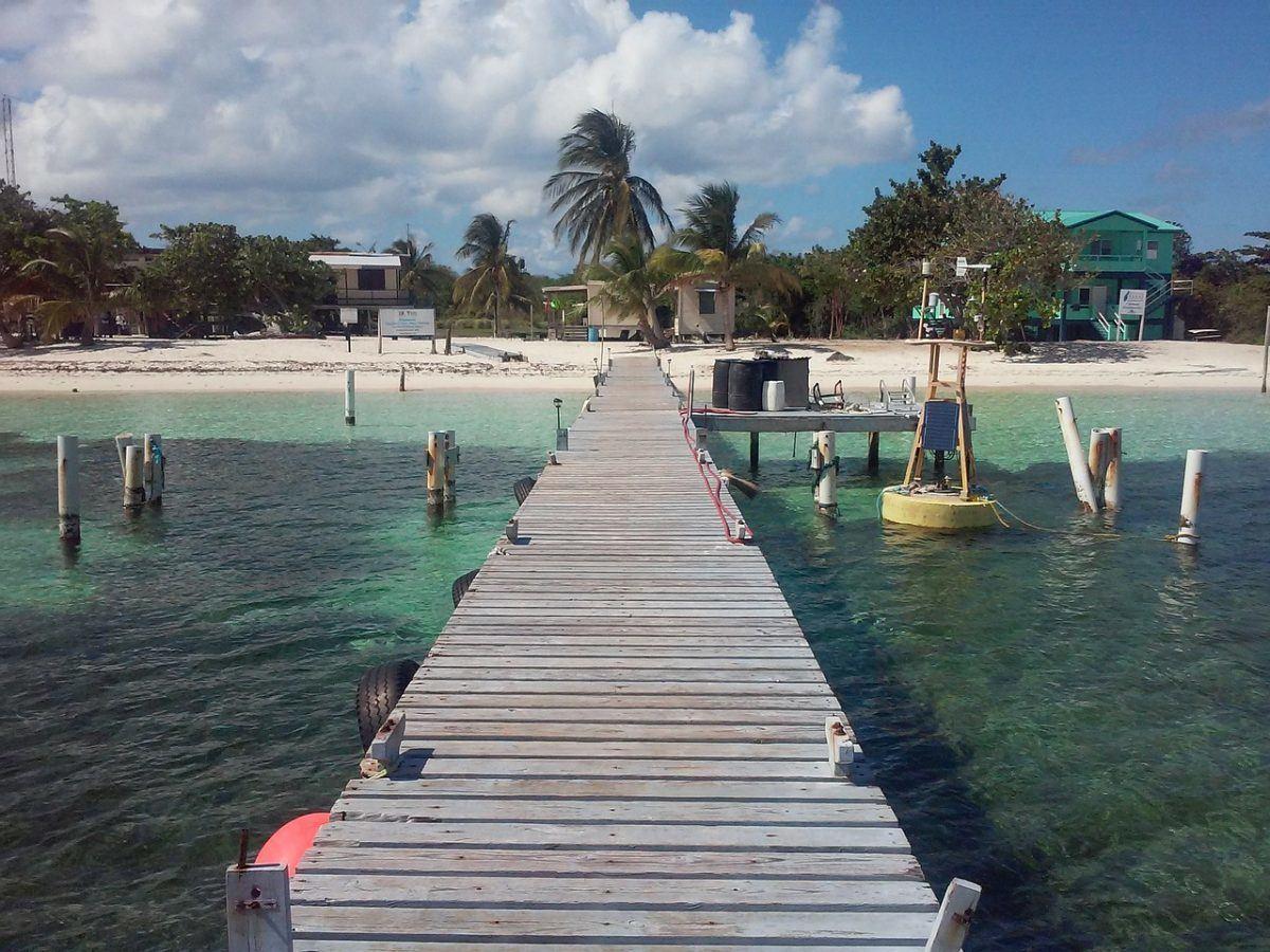 beautiful beach belize