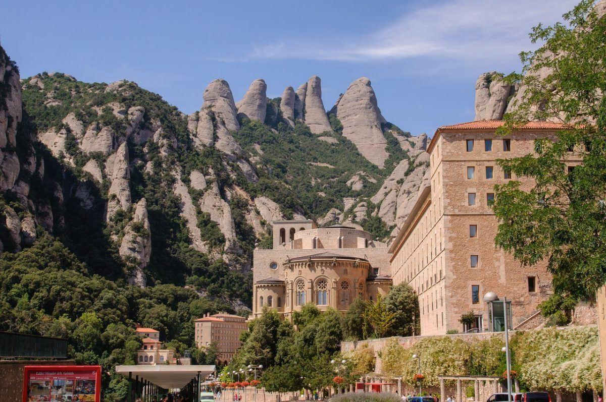 best day trips in Montserrat