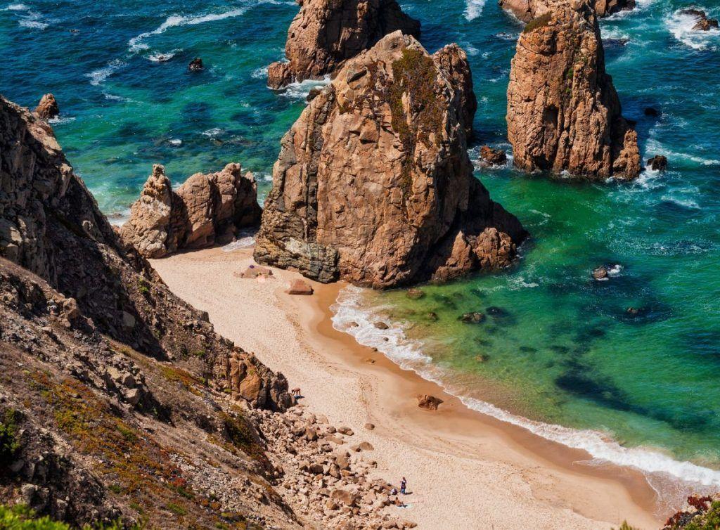 portugal_coast_haystacks