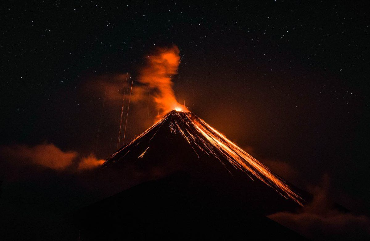 amazing volcano views and hikes volcano fuego and acatenango
