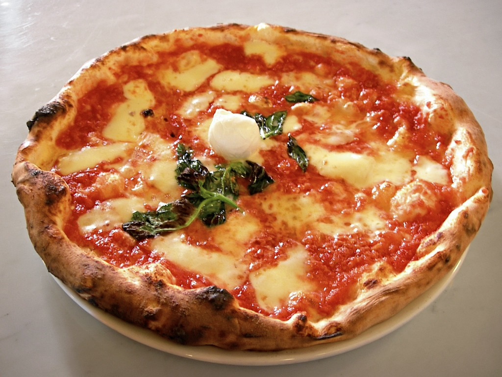 Proper Napolitana Pizza italian cuisine