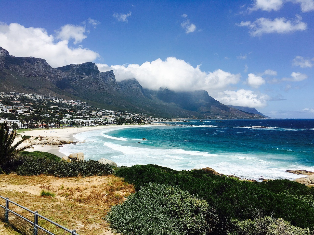 Camps Bay Cape town best neighborhood to stay