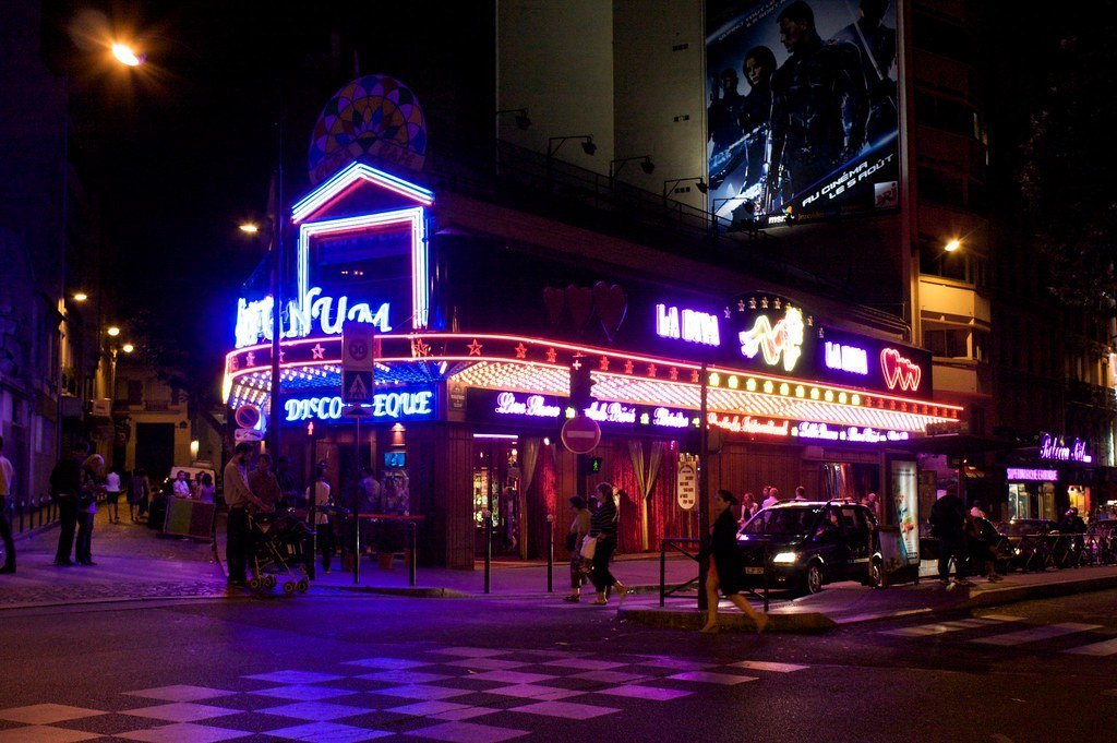 flickr-paris-nightlife