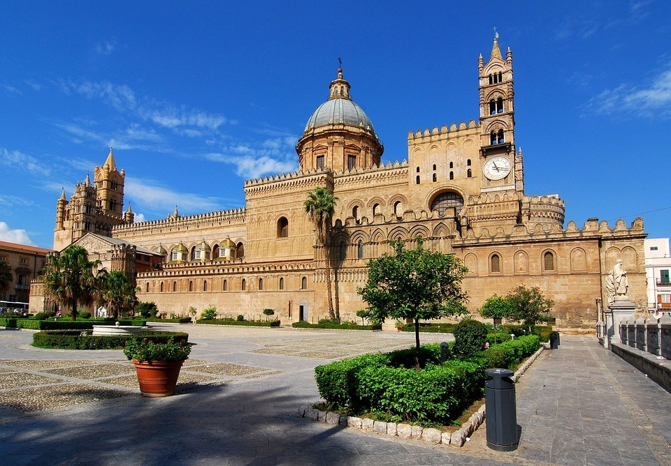 Best Hostels in Palermo