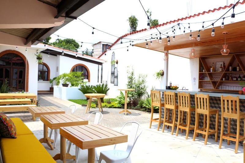 Maya Papaya best hostels in Antigua