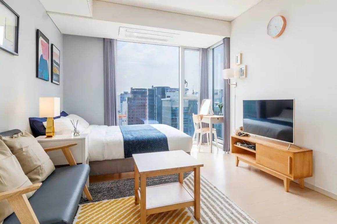 Modern Apartment Near Gangnam Station